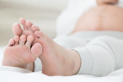 つる が 足 付け根 の 足のつりと肝硬変【保健師・看護師執筆】